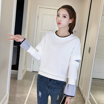 Семпъл изчистен пуловер с О-образна яка и широки ръкави