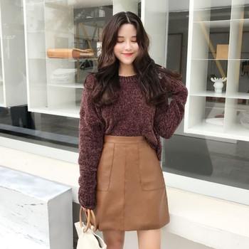 Скъсен плетен дамски пуловер с О-образна яка и в два цвята