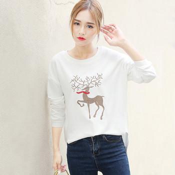 Ежедневен дамски пуловер с О-образна яка и интересна бродерия в три цвята