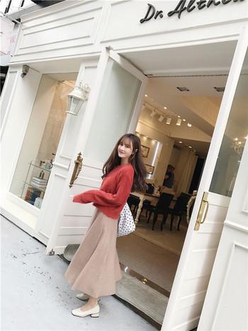 Ежедневен есенно-зимен дамски пуловер с О-образна яка и широки ръкави в два цвята