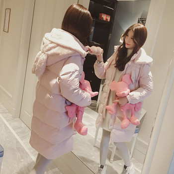 Дамско актуално зимно яке с много интересна качулка със заешки ушички в бебешки розово