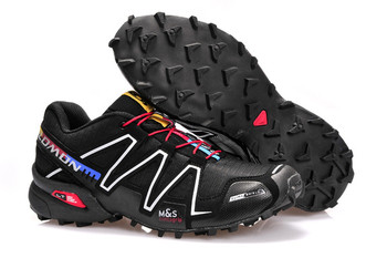 Мъжки планински обувки с неплъзгаща се подметка - различни модели
