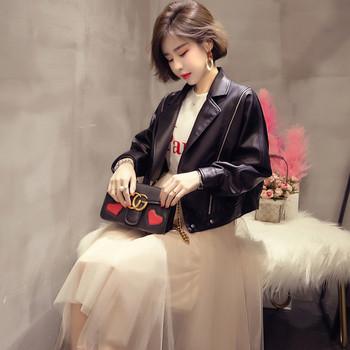 Κομψό γυναικείο δερμάτινο σακάκι σε δύο χρώματα