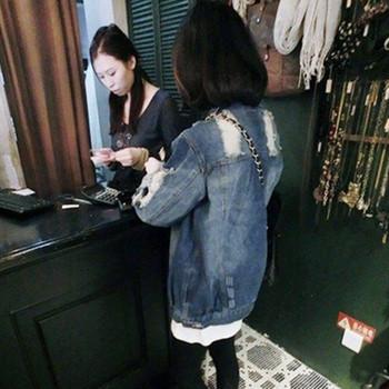 Γυναικείο τζιν μπουφάν με μακριά μανίκια