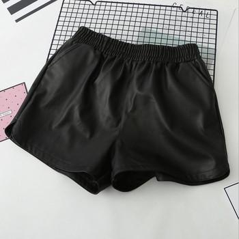 Дамски къси панталони от еко кожа с еластична талия и джобове