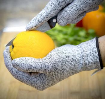 Защитаващи пръстите готварски ръкавици