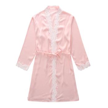 Сатенен халат за дамите с рязана дантела в три цвята-бял, шампанско и светлорозов