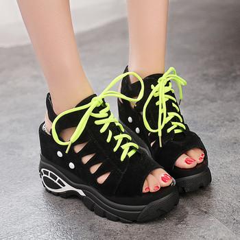 Спортни дамски сандали с връзки
