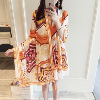 Красив дамски дълъг шал за лятото