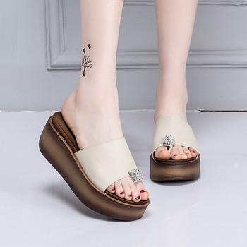 Стилни дамски чехли от еко кожа в няколко цвята