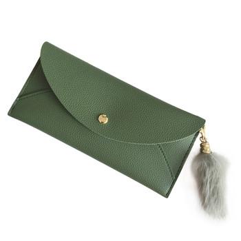 Γυναικείο δερμάτινο πορτοφόλι  σε δύο χρώματα