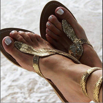 Стилни дамски сандали с равна подметка в златист и сребрист цвят