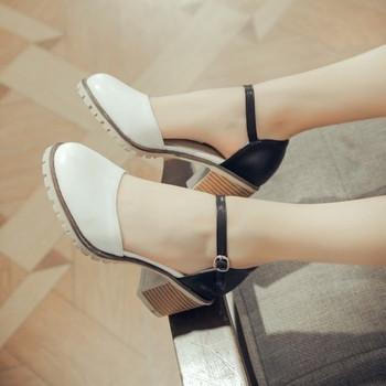 Дамски модерни затворени сандали с нисък ток в няколко цвята
