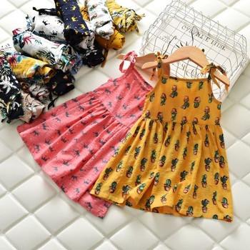 Детска ежедневна рокля в няколко цвята с щампа