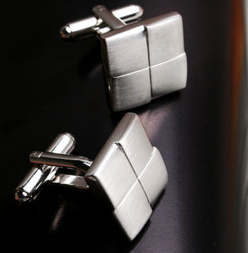 Класически мъжки копчета за ръкавели в сребрист цвят