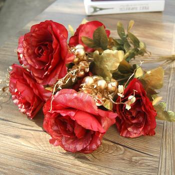 Декоративни рози в различни цветове
