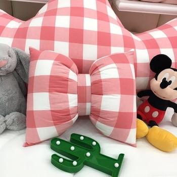 Малка декоративна възглавница
