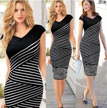 Дамска памучна рокля с V-образно деколте