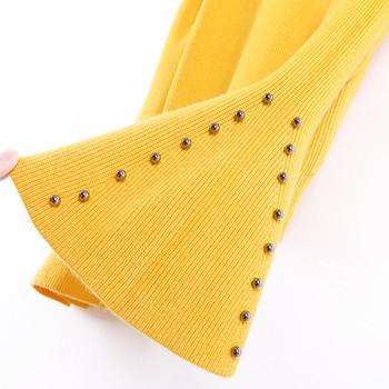 Дамски пуловер с лотос ръкави и метална декорация - различни цветове
